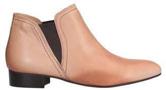 JB Martin Ankle boots