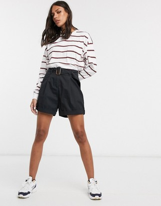 Asos DESIGN casual short with tortoiseshell buckle in black
