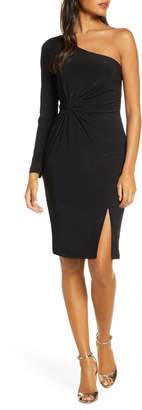 Vince Camuto One-Sleeve Ruched Cocktail Dress