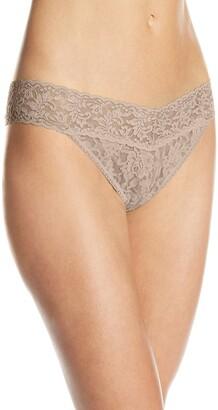 Hanky Panky Women's Signature Lace Original Rise Thong Panty