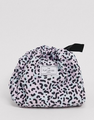 Flat Lay Company The Flat Lay Co. Drawstring Makeup Bag - 90's Print