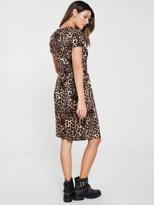 Very Leopard Plisse Dress - Print