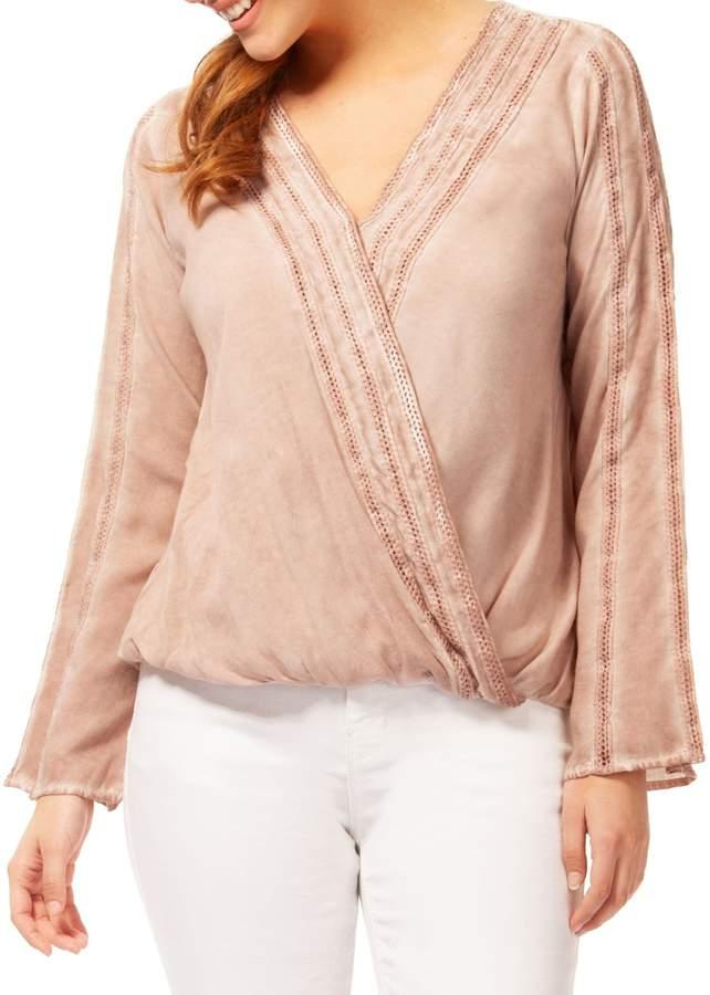 Dex Crochet Long-Sleeve Blouse