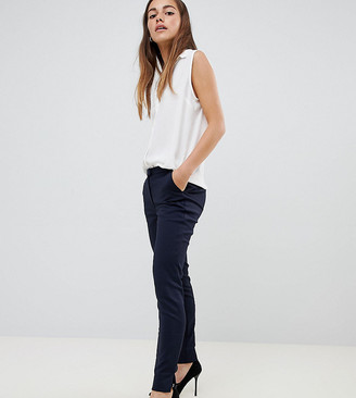 Ecco Y.A.S Petite tailored ankle length cigarette pants in navy