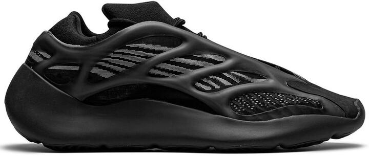 """Yeezy 700 V3 """"Alvah"""" sneakers"""