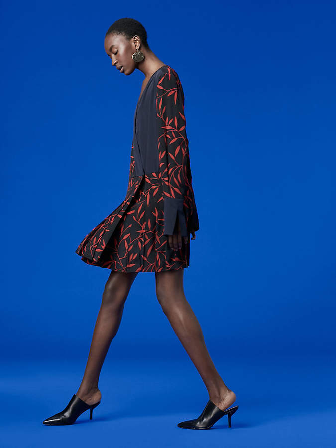 Diane von Furstenberg Long-Sleeve Cross Over Dress