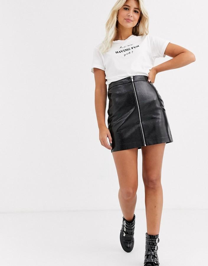 New Look leather look croc mini skirt in black