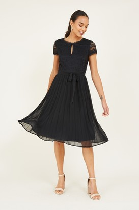 Yumi Black Lace Pleated Skater Dress
