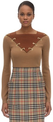 Burberry WOOL & CASHMERE KNIT SWEATER W/GOLD RING