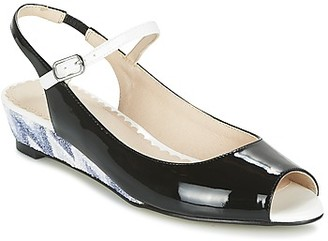 Mellow Yellow DALY women's Sandals in Black