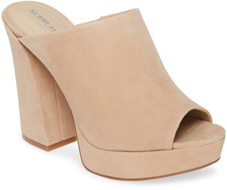 Kenneth Cole New York Gracen Mule Platform Sandal