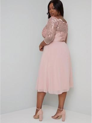 Chi Chi London Melinih Dress