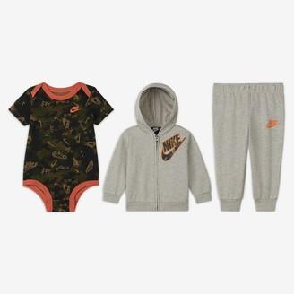 Nike Baby (0-9M) Camo Bodysuit, Hoodie and Joggers Set
