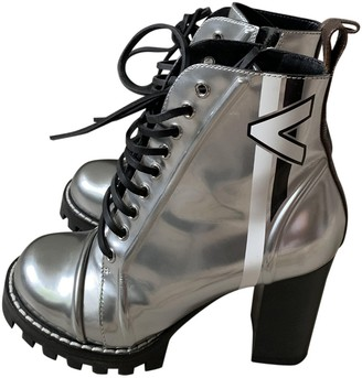 Louis Vuitton Star Trail Silver Leather Ankle boots