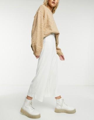 Monki Cilla wide leg rib pants in white