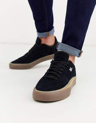 adidas Skateboarding Skateboarding sabalo trainers in black suede with gum sole