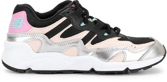 New Balance 850 Low-Top Sneakers