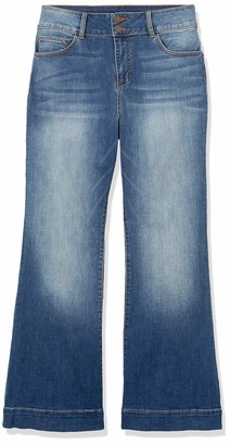 Forever 21 Women's Plus Size High-Rise Flare Jeans