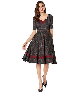 Unique Vintage 1950s Plaid Sleeved Serena Swing Dress (Burgundy/Black) Women's Clothing