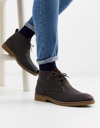 Burton Menswear leather chukka boot in tan-Brown