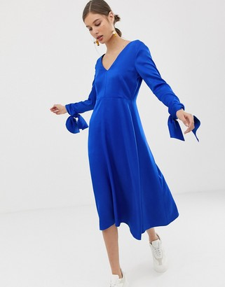 Asos deep v-neck dress with tie cuffs-Blue