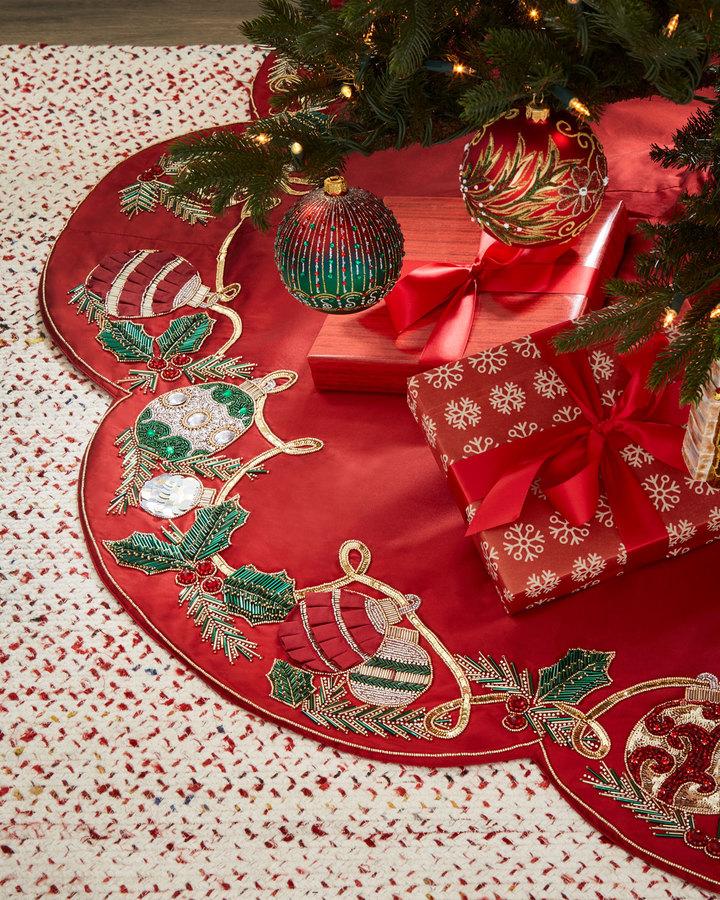 Kim Seybert Red & Green Collection Holiday Tidings Tree Skirt