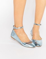 Daisy Street Metallic Blue Scalloped Edge Ballerina
