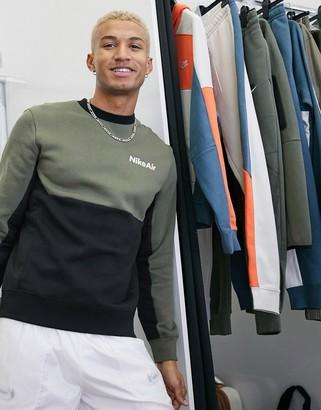 Nike crewneck sweatshirt in khaki/black