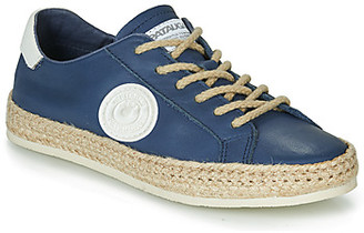 Pataugas PAM /N women's Shoes (Trainers) in Blue