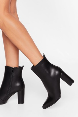 Nasty Gal Womens Step Outta Line Shiny Faux Leather Boots - Black - 3