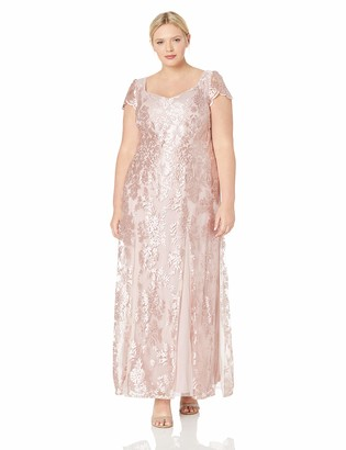 Brianna Women's Plus Size Sweetheart Neck Lace Gown with Cap Sleeve