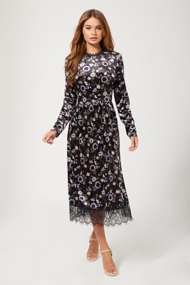 Girls On Film Narcissa Black Floral-Print Velvet Midi Dress