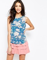 Sugarhill Boutique Shell Top In Hawaiian Floral Print