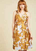 Take the Fab With the Good Floral Dress in M
