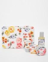 Beauty Extras Vintage & Co Patterns & Petals Body Kit