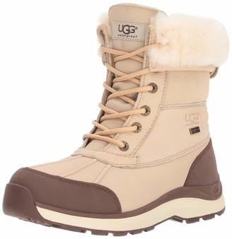 UGG Women's W Adirondack Boot III Snow
