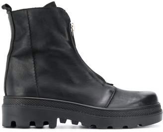 Strategia chunky heel front zip boots