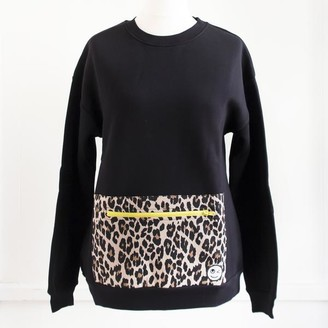 Buddy Pockets - Leopard Pocket Sweatshirt - S/M