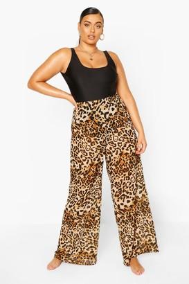 boohoo Plus Beach Leopard Print Pants