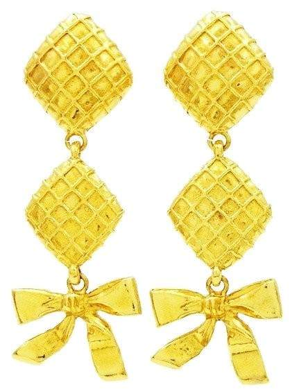 Chanel CC Logo Gold Tone Metal Dangling Ribbon Rhombus Earring