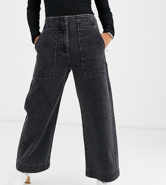 ASOS DESIGN Petite Cropped wide leg carpenter jeans in washed black