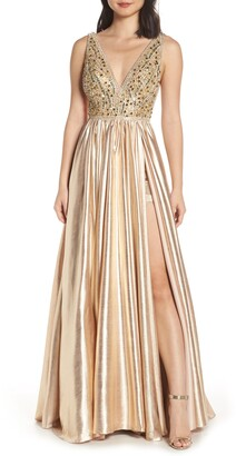 Mac Duggal V-Neck Metallic Sequin Evening Dress
