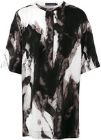 Issey Miyake abstract print oversized T-shirt - men - Lyocell - 3