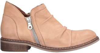 BR BRANDO Ankle boots