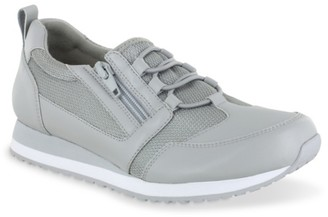 Easy Works By Easy Street McKinley Work Shoe