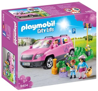 Playmobil City Life Family Car And Parking Space Set