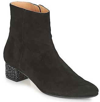 Emma.Go Emma Go CARRIE women's Low Ankle Boots in Black