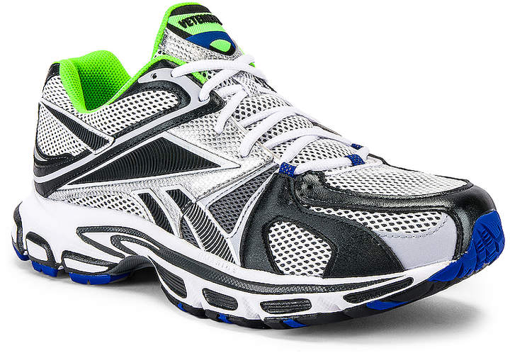 Vetements Spike Runner 200 Sneaker in Fluo Green | FWRD