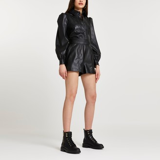 River Island Womens Black faux leather whipstitch shorts