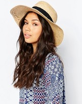Glamorous Straw Hat With Contrast Band